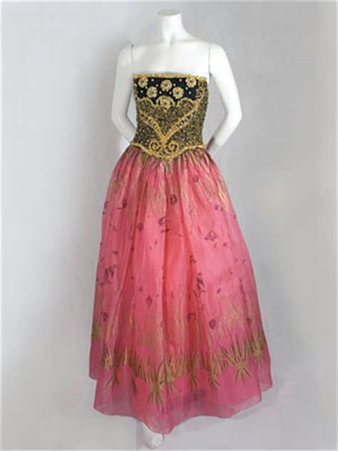 gallery of designer vintage clothing at vintage textile