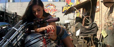 Megan Fox Transformers Motorrad by Celebsleatherjacket Get Transformers 2 Megan Fox