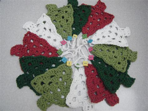 knitting pattern for christmas tree bunting crochet christmas tree bunting pattern from royal