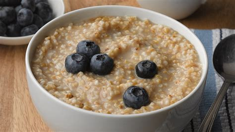 Oatmeal Before Bed by What To Drink Before Bed For Better Sleep Ecooe