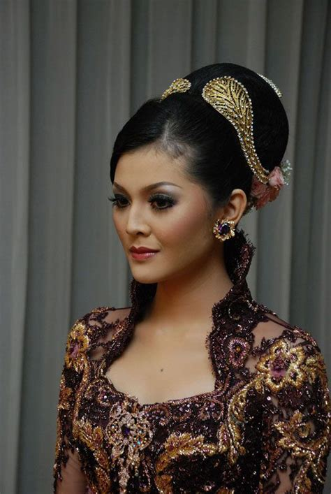 indonesian brides indonesian wedding dress and makeup i wish i could