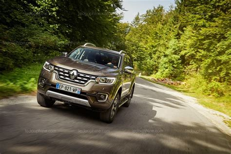 renault europe automobile le pick up renault alaskan arrive en europe