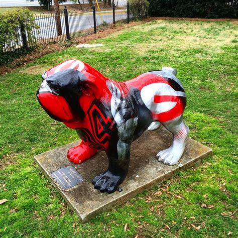 uga dawg house 17 best images about bulldog art project athens ga on pinterest memorial park