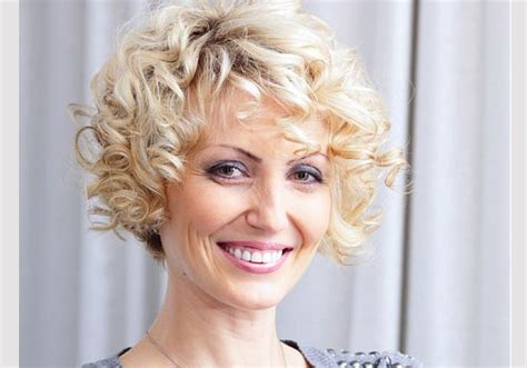 hair styles for women over 35 35 heavenly hairstyles for women over 40 creativefan