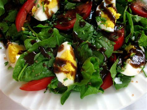 easy salad recipe eating richly even when you re broke tomato and spinach