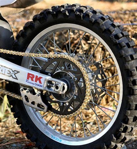 Ban Pacul Motor Matic kreatif manfaatkan rantai motor bekas untuk ban pacul