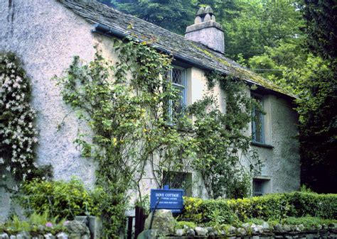 dove cottage history of lakeland literature lake district guide
