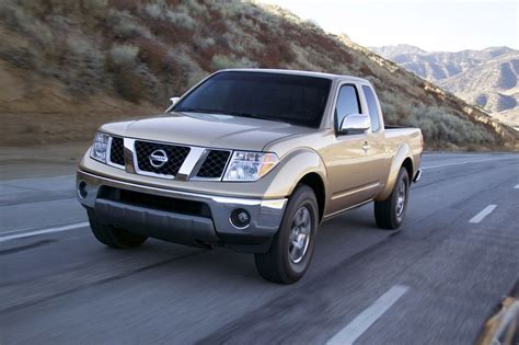 2012 nissan frontier review specs pictures price mpg