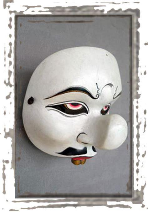 Topeng Karakter properti tari sanggar tari tradisional quot kendali manik quot jakarta