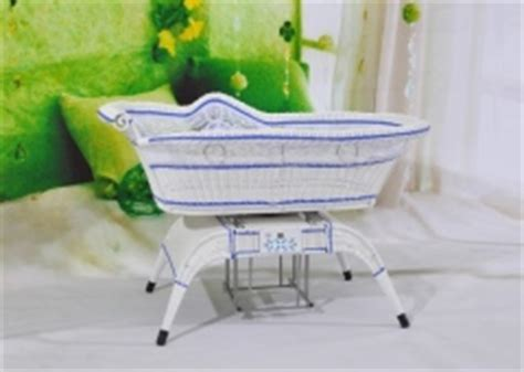 automatic swinging bassinet automatic swing baby cradle crib cot bed freedomlist