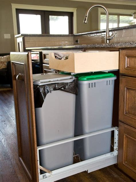 Kitchen Cabinet Garbage Drawer by 13 Best Trash Disposal Bins Cabinets Images On