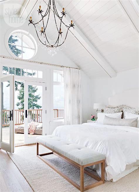 white master bedroom best 25 white bedrooms ideas on pinterest white bedroom