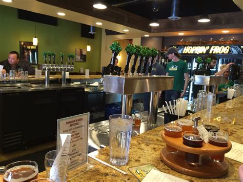 hoppin frog tasting room hoppin frog brewery a brewery review the brew review crew