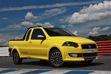 fiat strada fiat sports up its strada pickup truck in brazil carscoops
