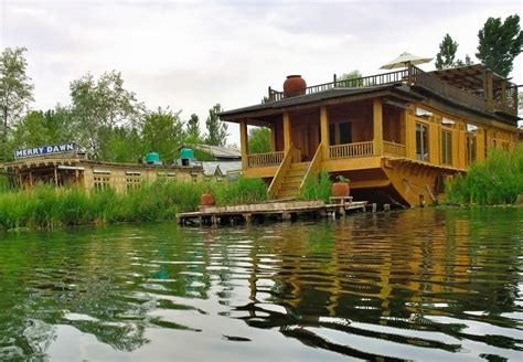 boat house kashmir panoramio photo of boat house dal lake srinagar jammu and kashmir india