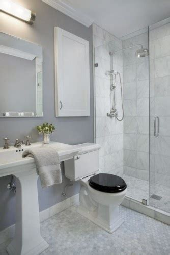 eggshell paint in bathroom the paint color is silver dollar 1460 by benjamin moore in