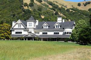 Small Ranch House no injuries in small skywalker ranch fire deadline