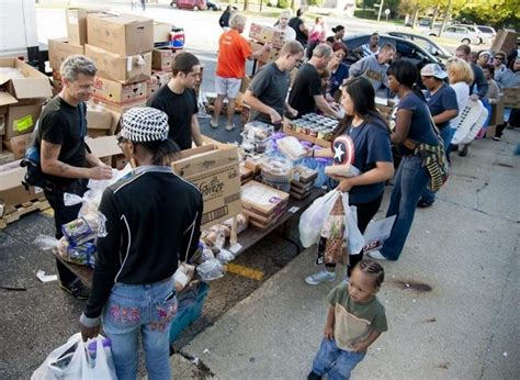 Food Finders Mobile Pantry by Visiting The Frontlines Of The Battle Against Hunger