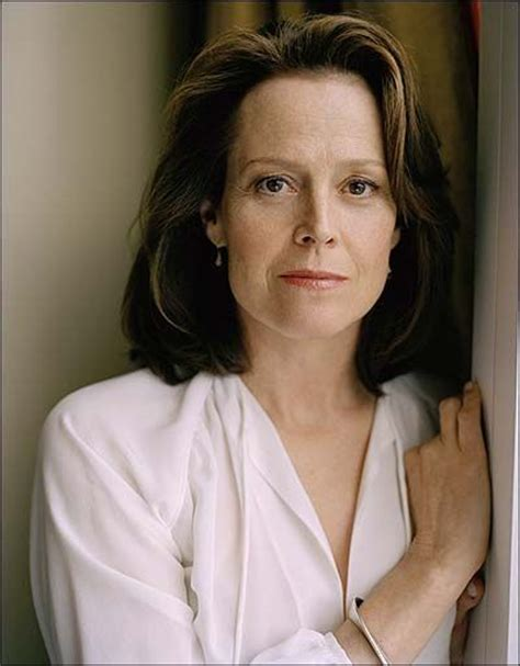middle age actresses with long faces 212 best images about sigourney weaver is hot on pinterest