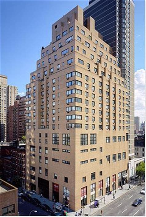 Apartment Building East Side 200 East 87th Apartments For Rent In East