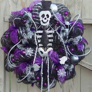 Decorating Bedroom Ideas On A Budget halloween wreaths in 10 spooky and cool designs rilane