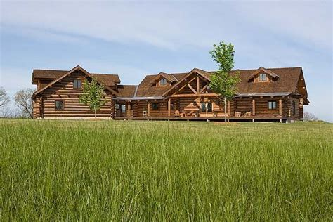 montana log homes different