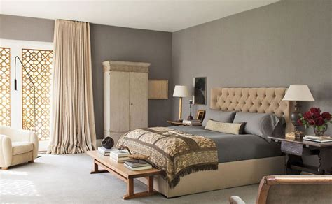 taupe and grey bedroom what color is taupe and how should you use it