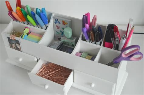 my desk has no drawers desk organising for stationery geeks new in toon