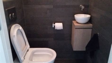 toilet in badkamer tegelhandel en tegelzetterij van den hoeven 187 badkamer