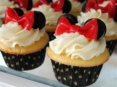 como decorar cupcakes de mickey mouse decoraci 243 n de cupcake de minnie mouse manualidades para