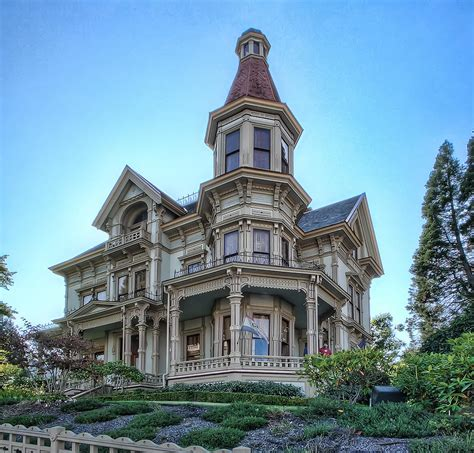 queen anne victorian haunted house garden grove iowa historic queen anne