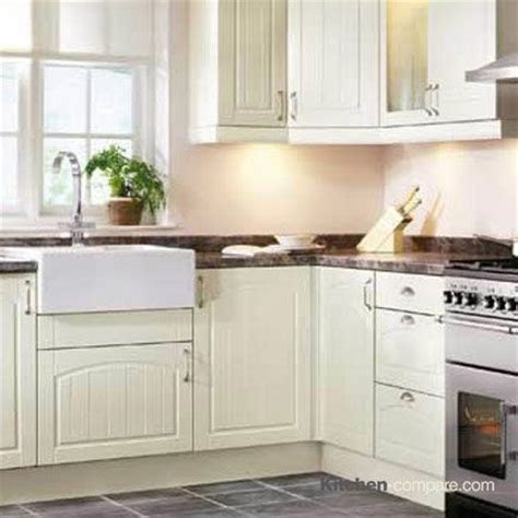 wickes kitchen cabinets 1000 images about tongue groove style painted shaker on