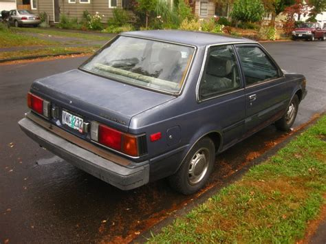 nissan datsun 1984 parked cars 1984 datsun nissan sentra sunroof coupe