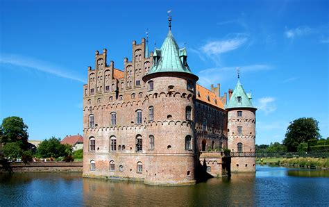Vacation Home Plans Small by File Egeskov Slot 08 Jpg Wikimedia Commons