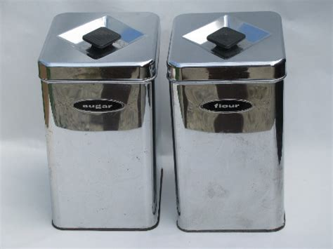 silver kitchen canisters 50s 60s vintage kitchen canisters mod silver chrome canister set