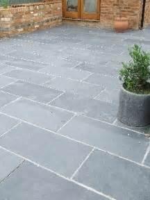 garden patio slabs best 10 patio slabs ideas on