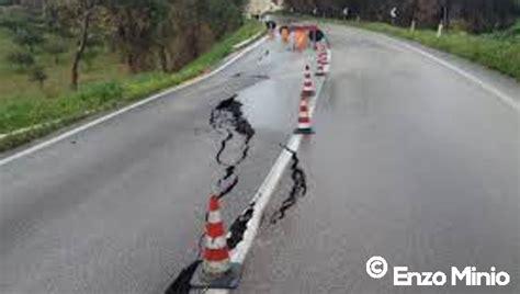 menfi al via interventi di manutenzione stradale menfi ribera manutenzione e progetti di sistemazione di strade