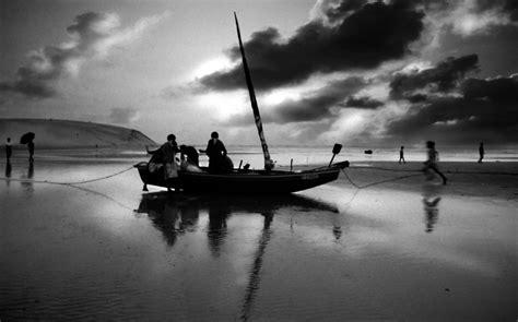 best black and white photography 14 high resolution wallpaper hdblackwallpaper com
