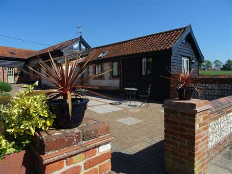 dog house norwich dog friendly holiday cottages norwich alborough house norfolk pets welcome