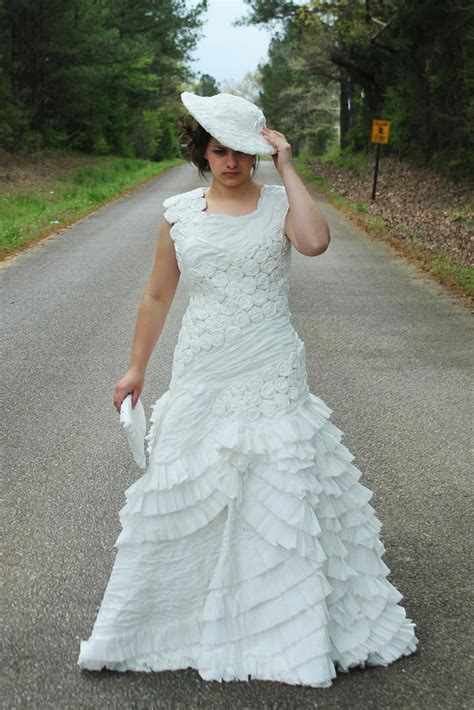 How To Make Toilet Paper Dress - the 2014 toilet paper wedding dress contest