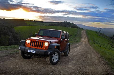 uconnect jeep wrangler 2009