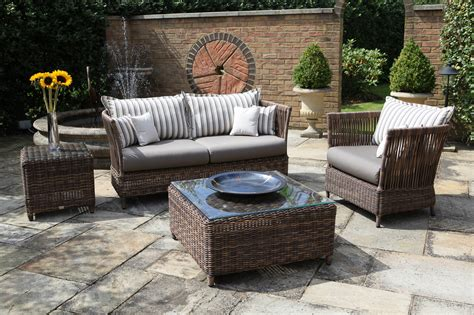 patio furniture ideas 5 color picks for modern patio furniture all world furniture