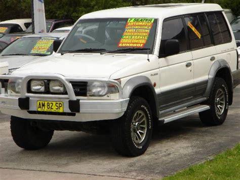 1993 mitsubishi pajero nj gls lwb 4x4