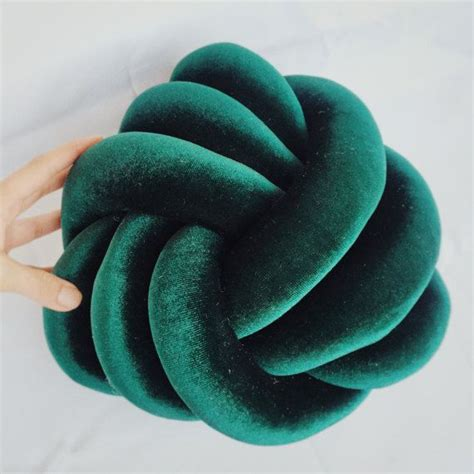 knot pillow 25 unique knot pillow ideas on diy crafts