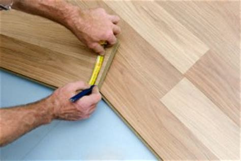 removing scratches from wood laminate flooring