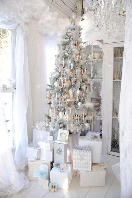 white decor 33 exciting silver and white christmas tree decorations