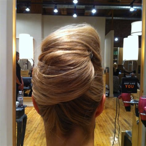 modern french twist how to modern french twist party hair summer braid style
