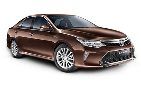colors of 2017 toyota camry 2017 toyota camry hybrid launched at rs 31 98 lakh gets