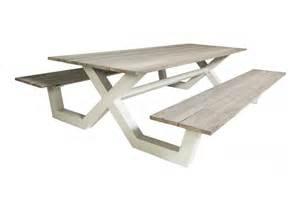 table pique nique avec bancs en teck massif et en