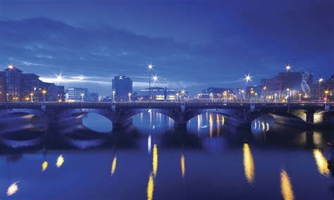 what is a belfast dublin and belfast 5 ways to spend an evening in each